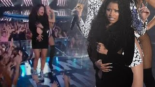 Nicki Minaj Wardrobe Malfunction at 2014 MTV VMAs - VIDEO!