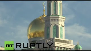 LIVE: Putin opens Moscow's biggest mosque