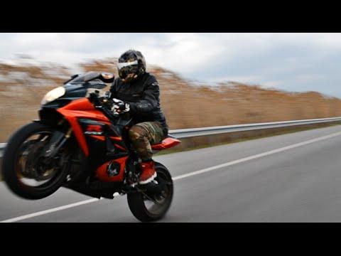 Suzuki GSX R 1000 Riding Wheelies Top Speed & More HD