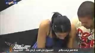 ستار اكاديمي7- رحمه تحاول معالجة محمد بعد جرحه