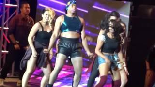Bestie Takong (Thou Reyes) twerks it like Miley (One Kapamilya GO 2015)
