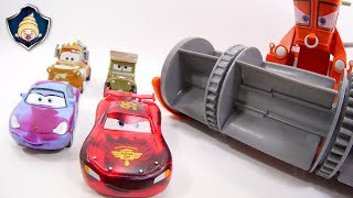 Disney Cars toys Lightning McQueen,Franck & Ramone Paint shop Color Changers Playset movie for Kids