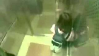 Mugger gets a beat down from a tiny Kung Fu girl