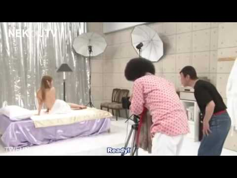 Funny Japanese Show  Nude Photography Engsub