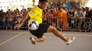 Futebol Arte nas Ruas - Freestyle GroundMoves