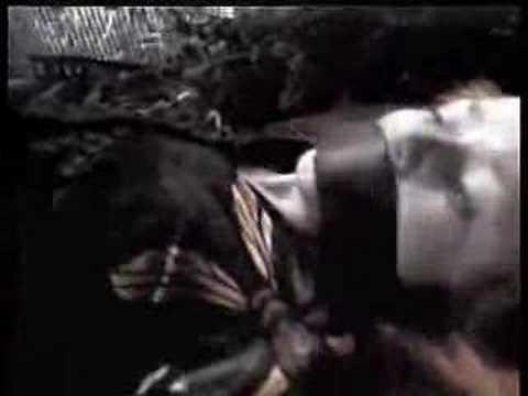 Naomi Watts kidnapped in the Sleepwalkers 1997