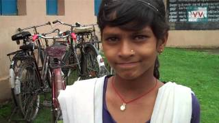 School Children in Sidhi, MP don't get proper mid day meal - Video Volunteer Kailash reports