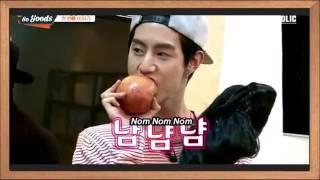 GOT7 Jackson & Mark funny action   Junior's story time Snow White