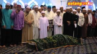 MB bersama 5,000 jemaah Solat Jenazah Imam Besar Masjid Negeri Shah Alam