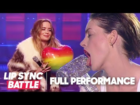 Anne Hathaway s Wrecking Ball vs. Emily Blunt s Piece of My Heart Lip Sync Battle