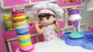 Baby Alive Duda Faz Bolo Gigante com Massinha Play Doh - Lilly Doll