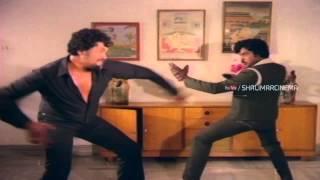 Chattaniki Kallulevu Movie || Chiranjeevi Best Action With Prabhakar || Chiranjeevi, Madhavi