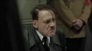 Hitler fica furioso com enfermeira que matou cachorro yorkshire