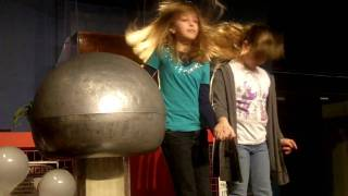 Ontario Science Centre Static Electricity Demonstration