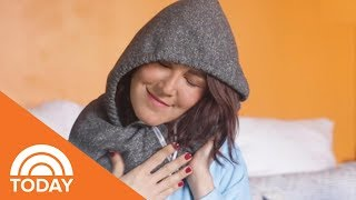 How To Turn A Hoodie Into A Travel Pillow | TODAY