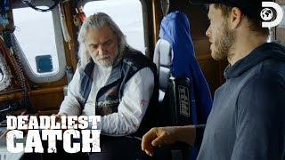 Wild Bill's Deckhand Crushes His Hand | Deadliest Catch