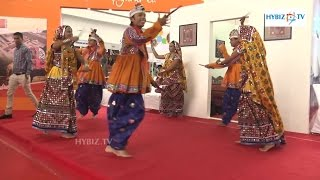Dandiya Dance - Gujarati Garba Traditional Folk Dance - Hybiz.tv