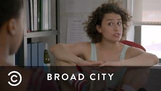 Ilana Interviews Interns | Broad City