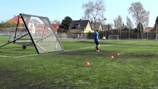 Self practice with the m-station football rebounder by Munin Sports