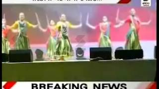 Russian Girl's Perform on Gujarati Song While Modi Visit Russia