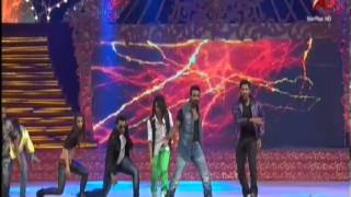 JEETS DANCE INSTITUTE STUDENTS FOR ABCD MOVIE PROMOTION AS FLASH MOB .mp4