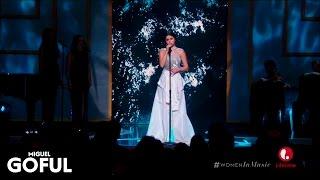 Selena Gomez - Same Old Love (Live at Billboard Women in Music 2015) [HD]