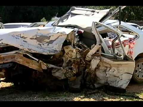Imagens mostram colisão que matou quatro de uma mesma família
