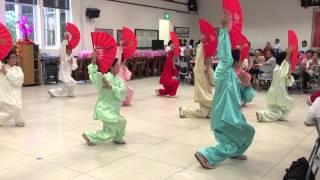 Red Swastika Hong Bao Lunch Gongfu Fan Performance 2015 - Guest of Honour Dr Vivian Bhalakrishnan