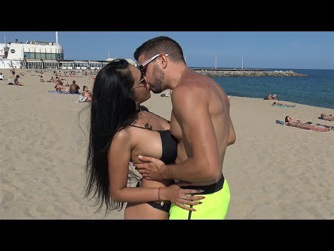 TOP 10 KISSING PRANK 2017 (GONE SEXUAL)