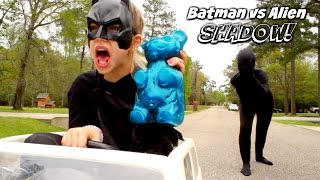 Batman vs Alien Shadow Giant Gummy Bear Comics in real life Superhero Kids