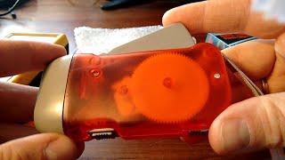 Fake 3-LED Dynamo Hand-Crank Flashlight from Ebay,China - TEARDOWN