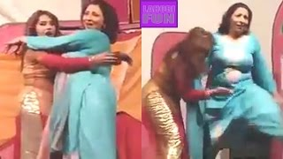 Sheeza Butt New Hot Mujra ! 2017 Unseen Pakistani Dance HD