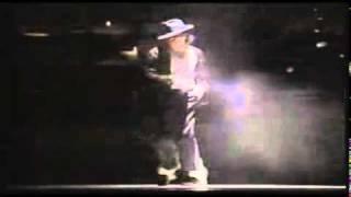 Michael Jackson-Robot dance