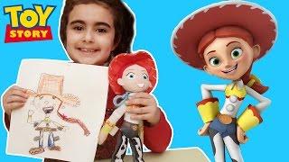 Mira Disney Toy Story Karakteri Jessie Çizdi   Eğlenceli Çocuk Videoları   Oyuncak Butiğiim