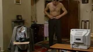Classic MR BEAN Episode (Mr Bean buys a new tv, Police lineup & Funky Dance Scenes) Part 1 of 2