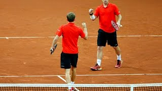 David Goffin clinches a great doubles point
