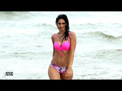 Bruna Abdullah's Hot Bikini Scenes |  Yea Toh Two Much Ho Gayaa