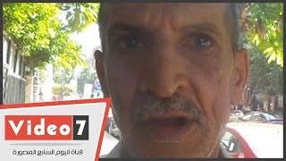 """بالفيديو..مواطن يستغيث بـ""""السيسى"""":""""ظابط فى قسم عين شمس مطلع عينى وأخوه عاوز منى فلوس"""""""