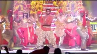 hrithik roshan at 58th Filmfare Awards 2013)