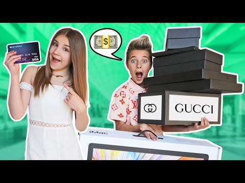 ANYTHING My BOYFRIEND Can CARRY I'll BUY It Shopping Challenge BAD IDEA 💰❤️ Piper Rockelle