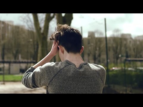 Download Lagu Petit Biscuit - Sunset Lover (Official video)
