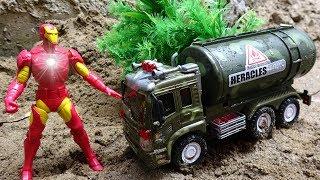 Iron Man rescue the car crash H16M - toys for kids