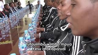 Rodan Sec School Choir: Mwanza-We'll Never