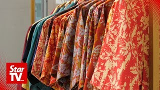 Wear Batik To Promote Malaysia's Heritage