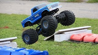 Trigger King R/C Monster Truck Racing at the Bigfoot 4x4 Open House