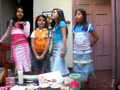 niñas locas hillsong