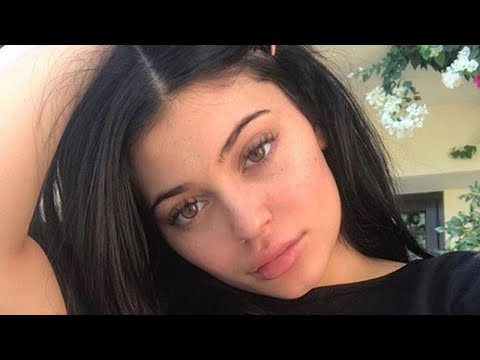 Xxx Mp4 Kylie Jenner Receives A Very Special BABY GEAR Delivery At Her Home 3gp Sex