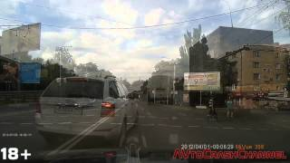 Аварии на видеорегистратор 2015 (89) / Сar crash compilation 2015 (89)