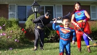 Supper man / girl vs Batman for kids video...