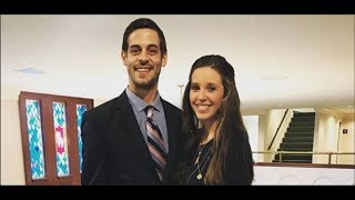 Former 'Counting On' Stars Jill ,Duggar And Derick Dillard Post PDA Filled Photo Of Their Vacation